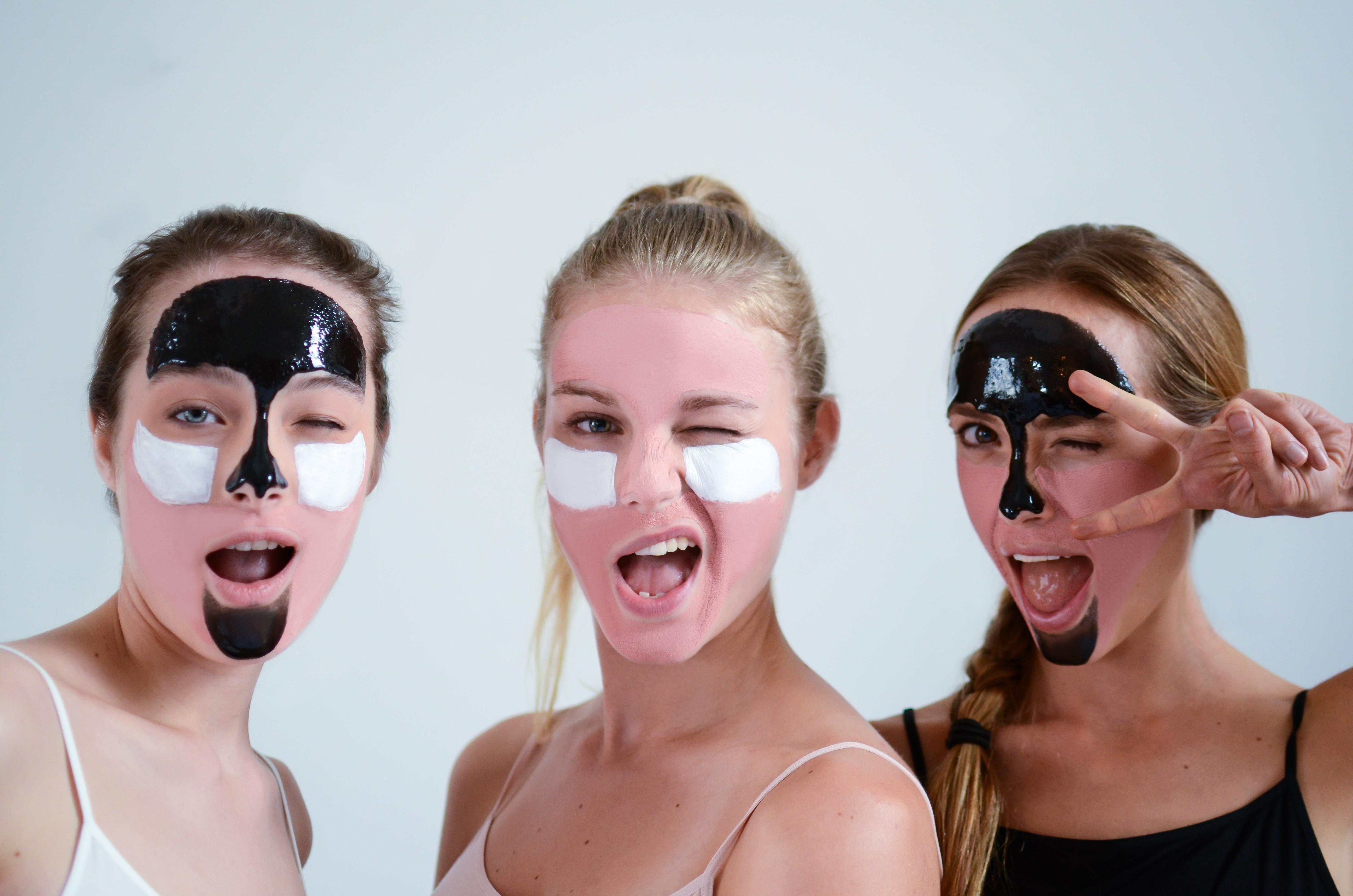Routine spéciale peau grasse masques AKANE